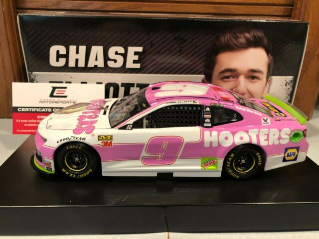 Autographed 2019 Action Chase Elliott #9 Hooters Pink Give a Hoot 1/24