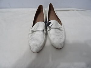 9a5dd21d71c7 NEXT WOMENS WHITE SLIP ONS WITH BAR SHOES SIZE UK 8 RRP-£30