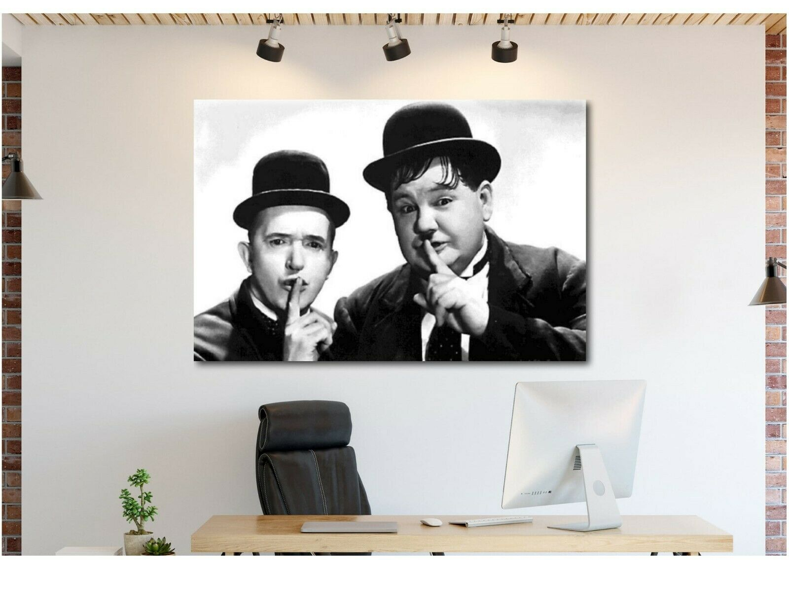 Laurel And Hardy Shush Canvas Wand Kunst Drucken