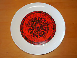 Block-Spain-FLAMENCO-RED-Set-of-3-Dinner-Plates-10-1-2-Coupe-Wht-w-Red-Design