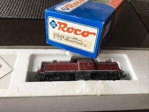 ROCO-43644-HO-Locomotive-type-BB-V100-ep-III-DB-V100-1064-Un-tampon-Hs