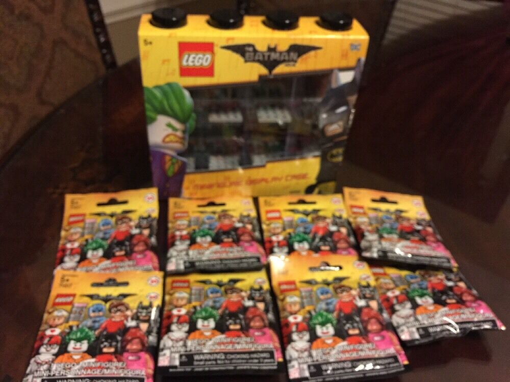 LEGO BATMAN Movie Mini figure Display Case And Sealed Figures Free Shipping.