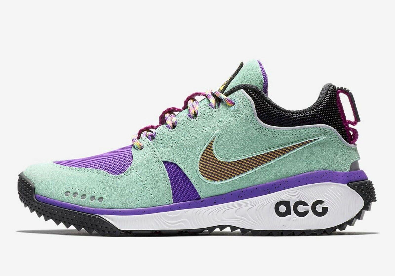 Nike ACG Dog Mountain Mens Size 9.5 WMNS Size 11 Hiking shoes AQ0916 300 GA 566