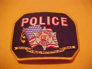 """Sycamore 4/"""" x 5/"""" size 1836 Illinois  shoulder police patch fire"""