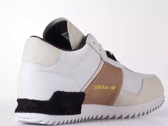 NEW Mens Adidas Size 11 Originals Mens NEW Shoes S82519 Sneakers c1a99b