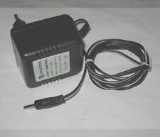 Ladegerät Netzteil Power Supply AC Adaptor Yixin electronic YX-4120AI 6V = 600mA