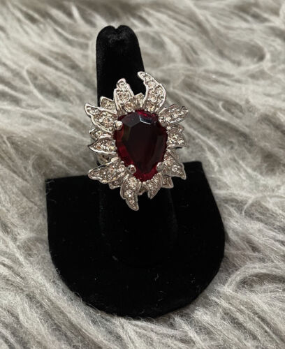 Arnold Scaasi Red Cabochon Crystal Sz 7.5 Silver T