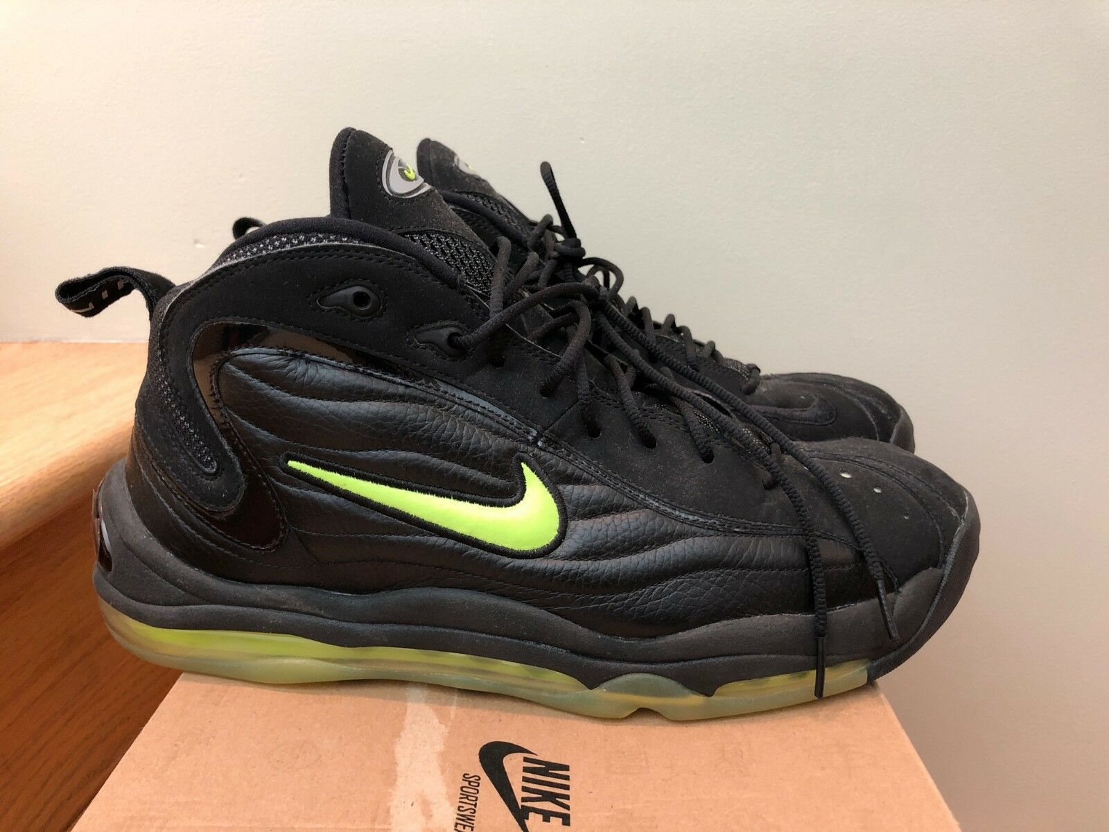 2009 Nike Air Total Total Total Max Uptempo LE Black Volt size 13 0c01dc