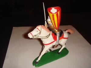 Figurine Jim Cavalier Moyen Age Lance Et Bouclier Rouge Jaune