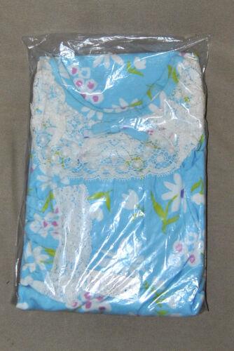 Vintage Schrank  All Cotton Flannel Floral Print L