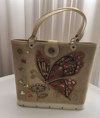 Vintage 50's Fabric And Wood Bag With Beaded Butte
