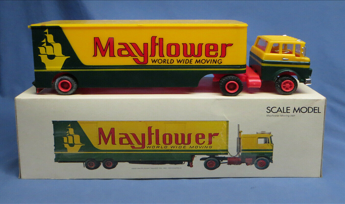 Vintage Mayflower World Wide Moving Van, Plastic Scale Model with Box