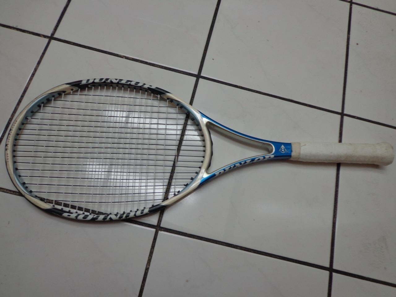 Dunlop Aerogel 200 95 head 18x20 4 1/4 grip Tennis Racquet