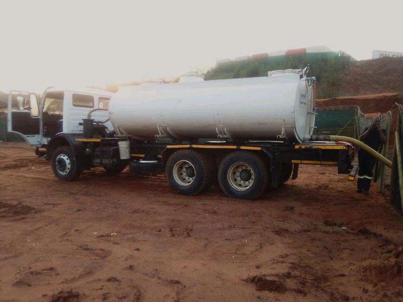 Septic Tank /Sewerage removal