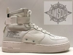 BRAND NEW SF-AF1 MID TRIPLE WHITE AIR FORCE 1 AA6655-100 DEADSTOCK LIMITED