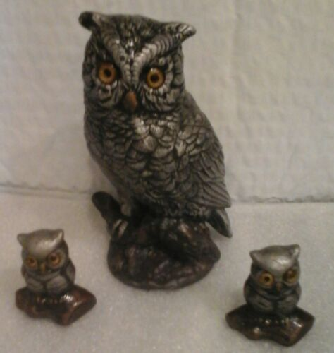 3 OWLS IN THIS FAMILY WITH STRIKING DETAIL