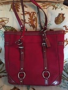 e0dfd19489 Image is loading COACH-Red-Gallery-East-West-Signature-Tote-Shoulder-