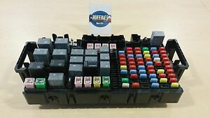 New OEM Underhood Fuse Block 2006 2007 Hummer H3