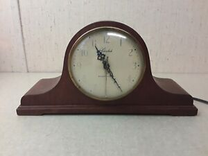 Vintage-Hershede-Small-Electric-Mantel-Clock-Westminster-Chimes
