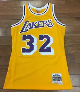 Los-Angeles-Lakers-Magic-Johnson-Mitchell-amp-Ness-NBA-Swingman-Jersey