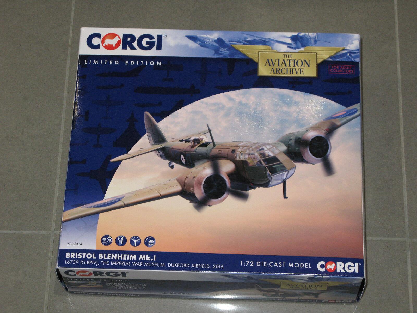 Corgi Aviation Bristol Blenheim Mk. I L6739 G-bpiv IWM, Duxford Airfield 2015