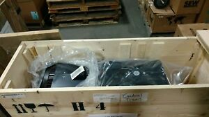 Rexroth-3-Phase-Induction-Motor-2AD164B-B35OA2-DS06-C2V2-New-in-Box