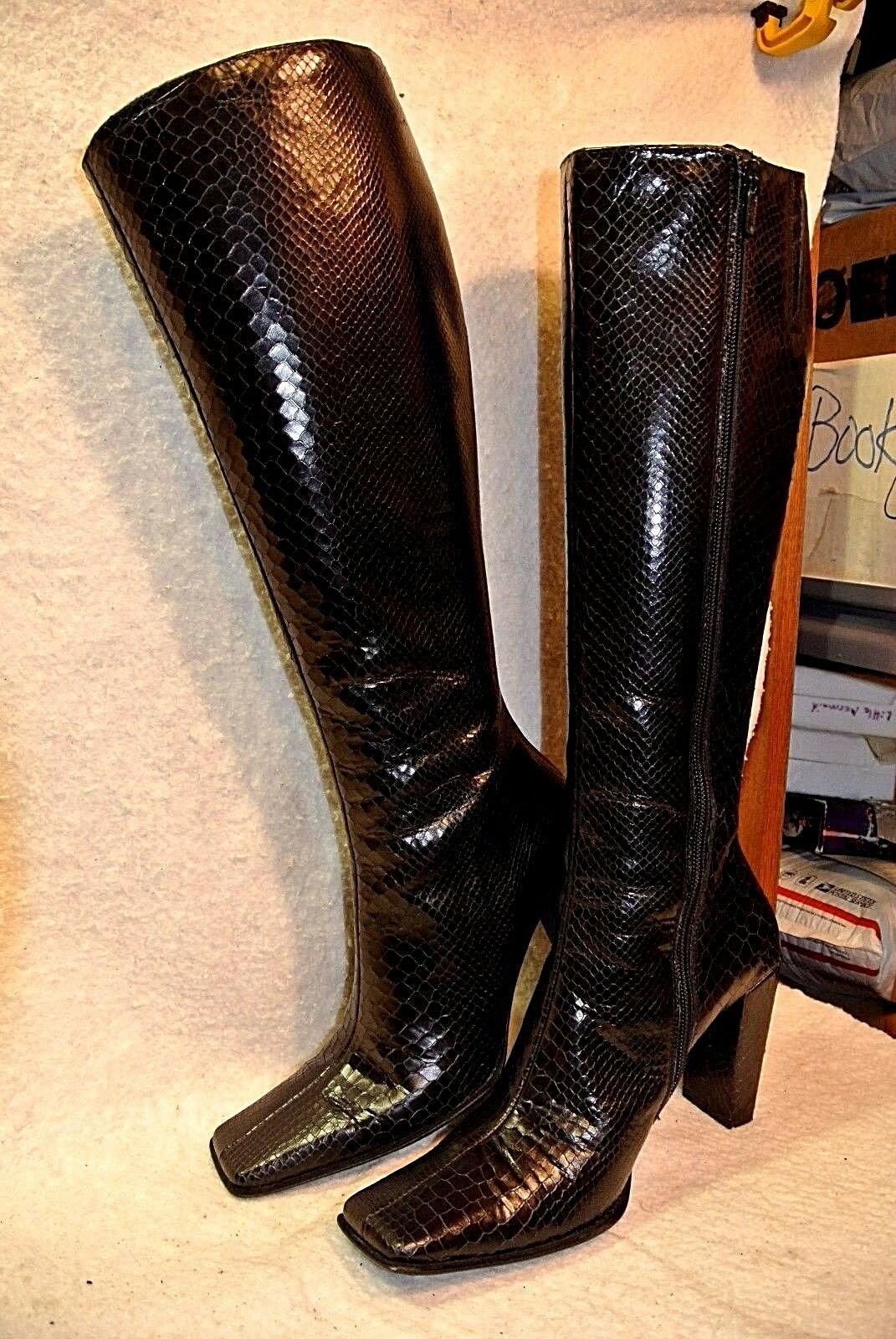 Charles David Blk Leather Faux Snakeskin Side-zip Knee High Boots Women`s 5 1 2