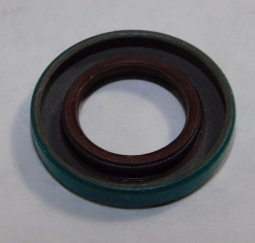 "SKF Fluoro Rubber Oil Seal QTY 1 .6875/"" x 1.1875/"" x .1875/"" 6770"