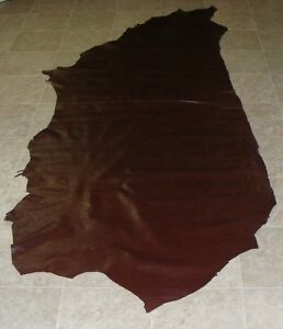 (IEA8240) Side of Burgundy Printed Cow Leather Hide Skin