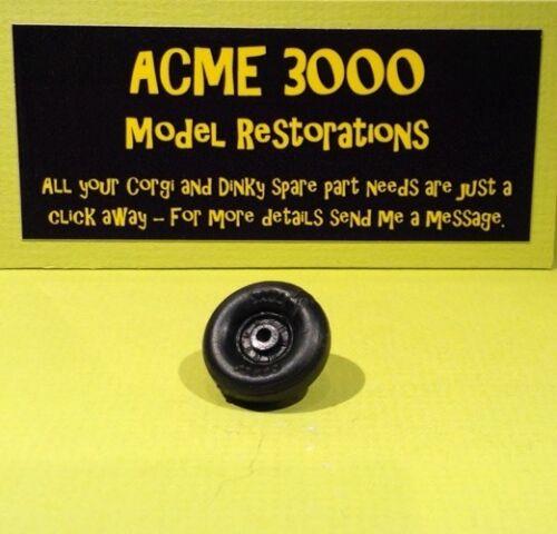Corgi 801 Noddy Noddy/'s Car Reproduction Repro Black Plastic Road Wheel Tyre