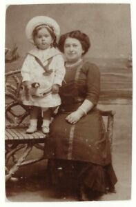 1910s Little Girl with Toy and Woman Jewish? Russian Visit antique photo