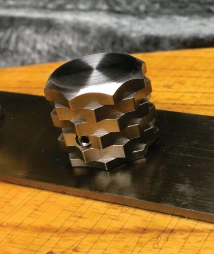 Single Knob Van Dyke-Harms Ultra Grip Stainless Steel Guitar Knob