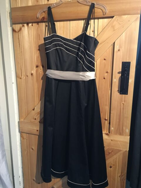 "Lovely Party / Formal Dress By M&Co Size 12 Chest 36"" Black & Light Gold"
