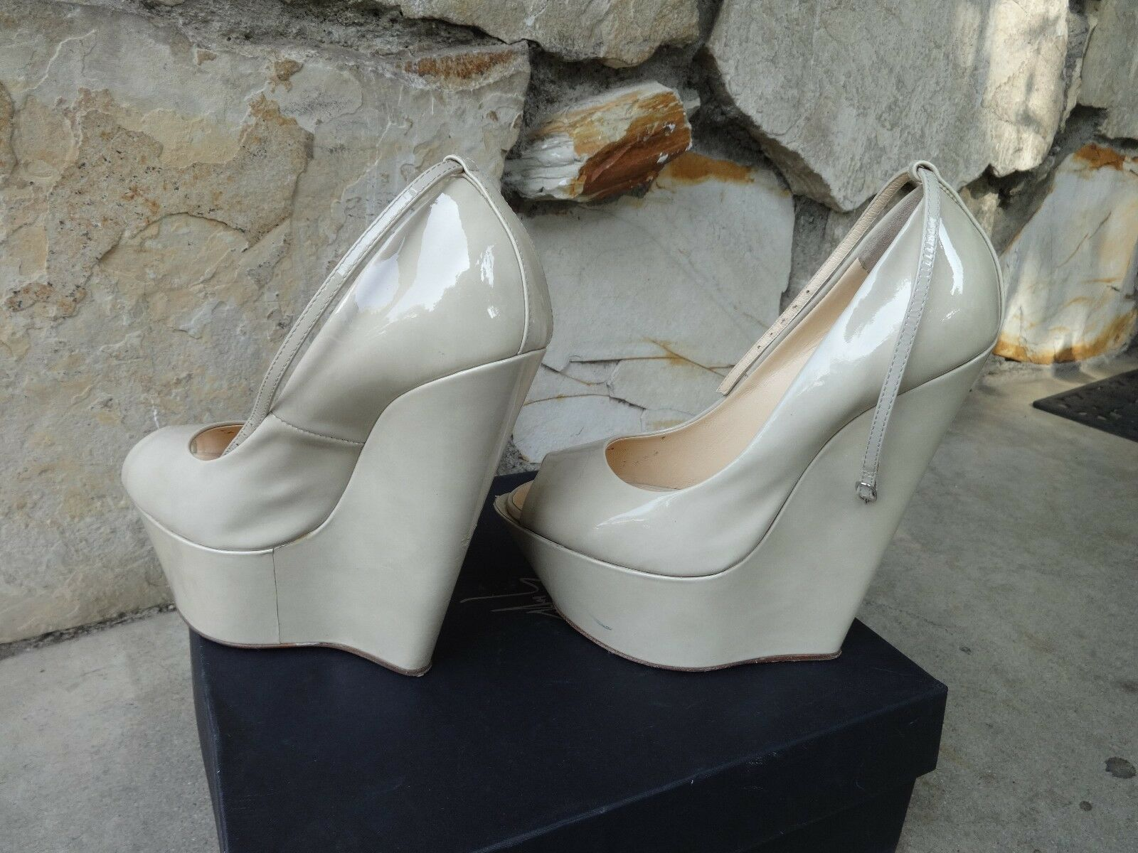Giuseppe Zanotti Wedge Wedge Wedge Ankle Strap Platform Pumps Beige Patent EU Size 37 aef920