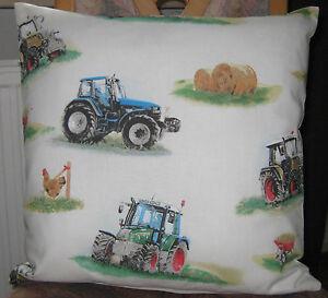 dekokissen kissen kuschelkissen f r kinder kindermotiv traktor auto 40 x 40 cm ebay. Black Bedroom Furniture Sets. Home Design Ideas