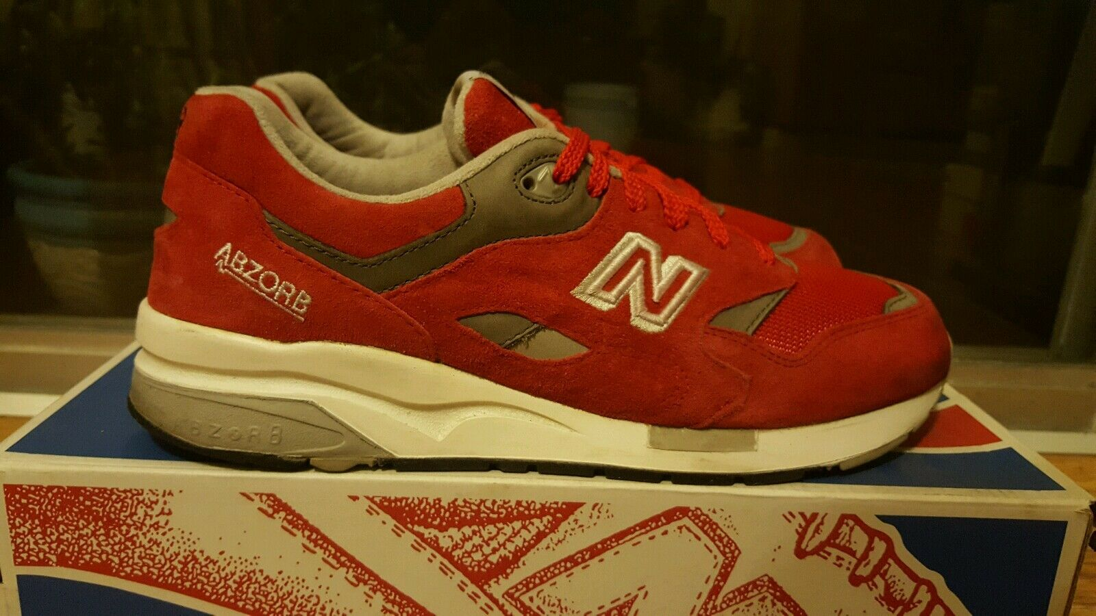 New Balance M1600 Suede Fire Red Sz 9.5