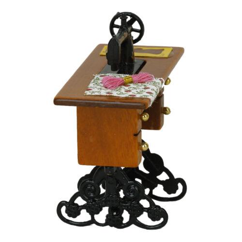 Miniatur Nähmaschine mit Nähzubehör Korb für 1//12 Puppenhaus Puppenstube