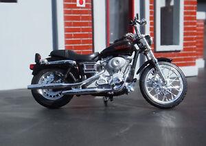 2002 FXDL DYNA LOW RIDER HARLEY DAVIDSON MOTORCYCLE MAISTO 1:24 DIECAST MODEL