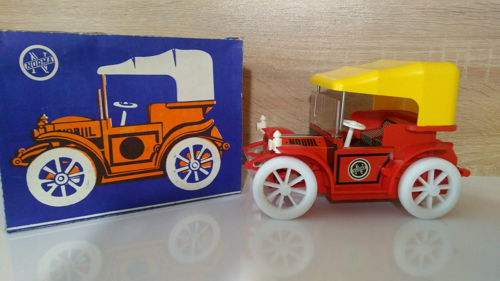 Vintage Russian Tin Toy Retro Car Norma Nobil Battery Operated