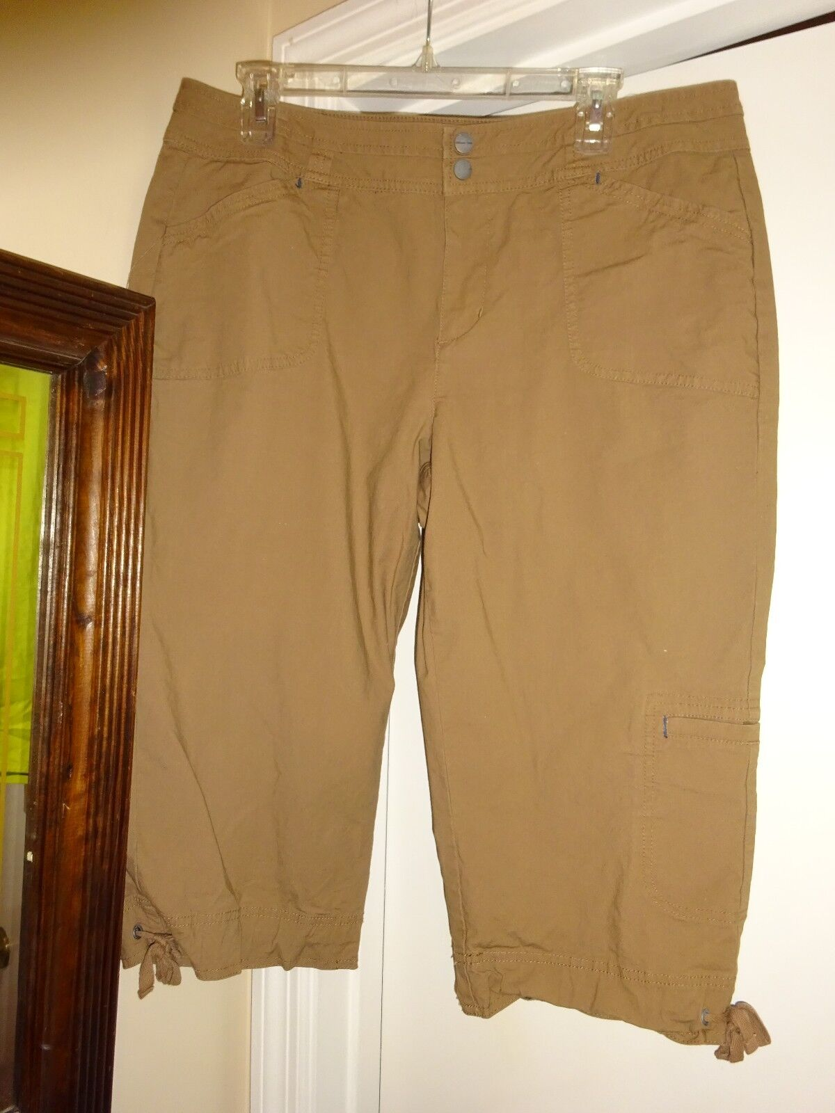 COLDWATER CREEK Capri Capri's Cropped Pants Size P-14 Light Brown Cotton