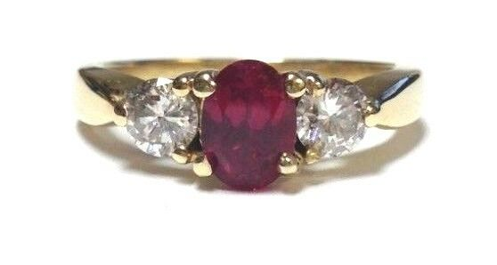(MA1) 14k Yellow gold Ruby & Diamond 1.26TCW 4.5g Size 7.5 Lady's Ring