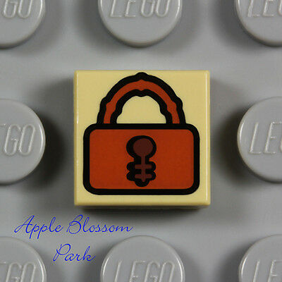 Lego 5 New Pearl Gold Tiles Round 1 x 1 Lock Black and Silver Padlock Pattern