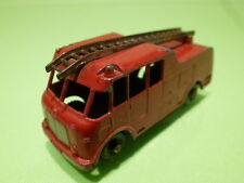 LESNEY  MATCHBOX - NO= 9 MARQUIS SERIE 3  FIRE ENGINE  - IN GOOD CONDITION