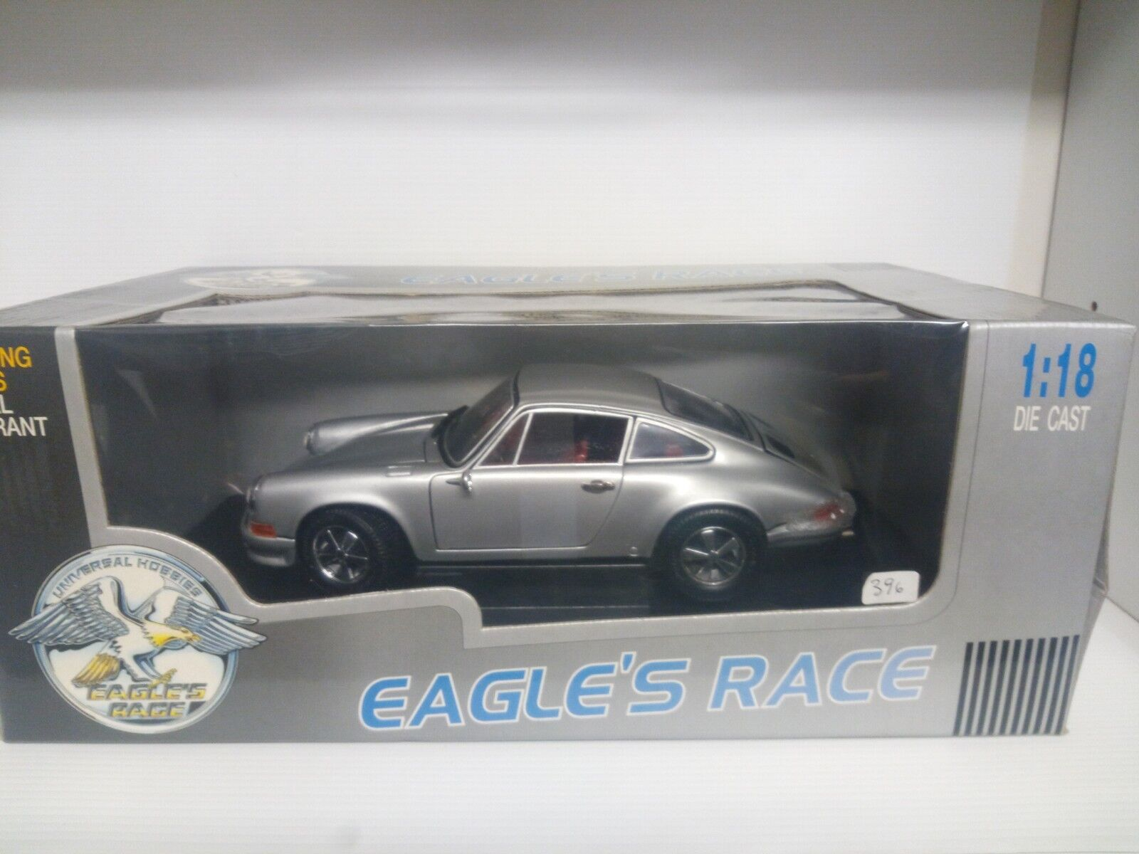 UNIVERSAL HOBBIES EAGLE'S 1 18 PORSCHE 911 2.4 S