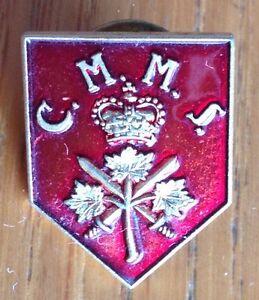 Childrens-Manor-Montessori-School-Pin-Badge-Rare-Vintage-Original-D2