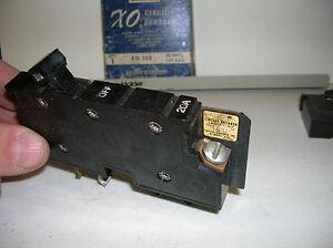 XO120 QUARE D 1 POLE 20A 120VAC OBSOLETE CIRCUIT BREAKER