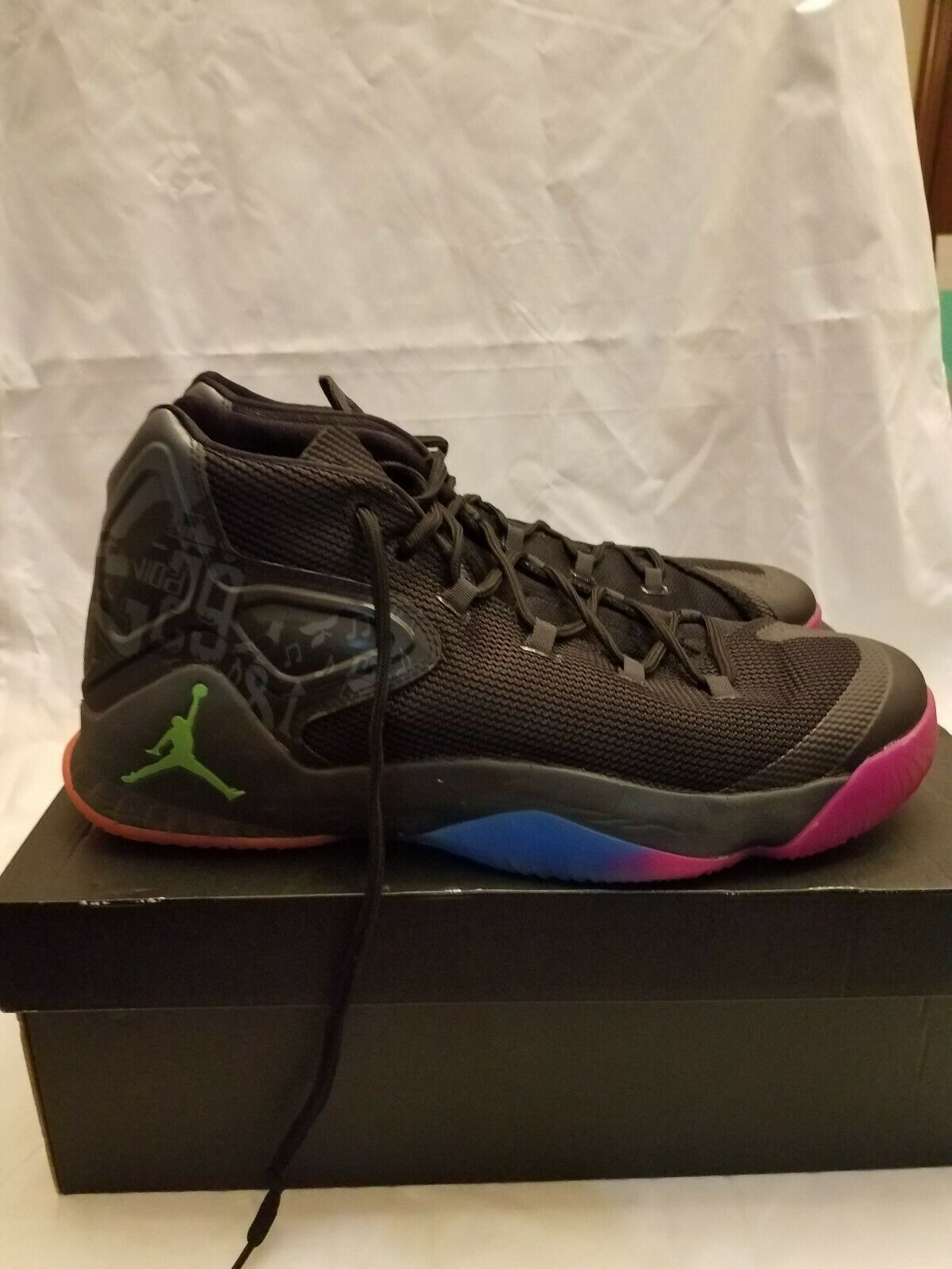 Jordan Melo M12  The Dungeon  827176-030Mens Size 13 - Worn Once - Original Box