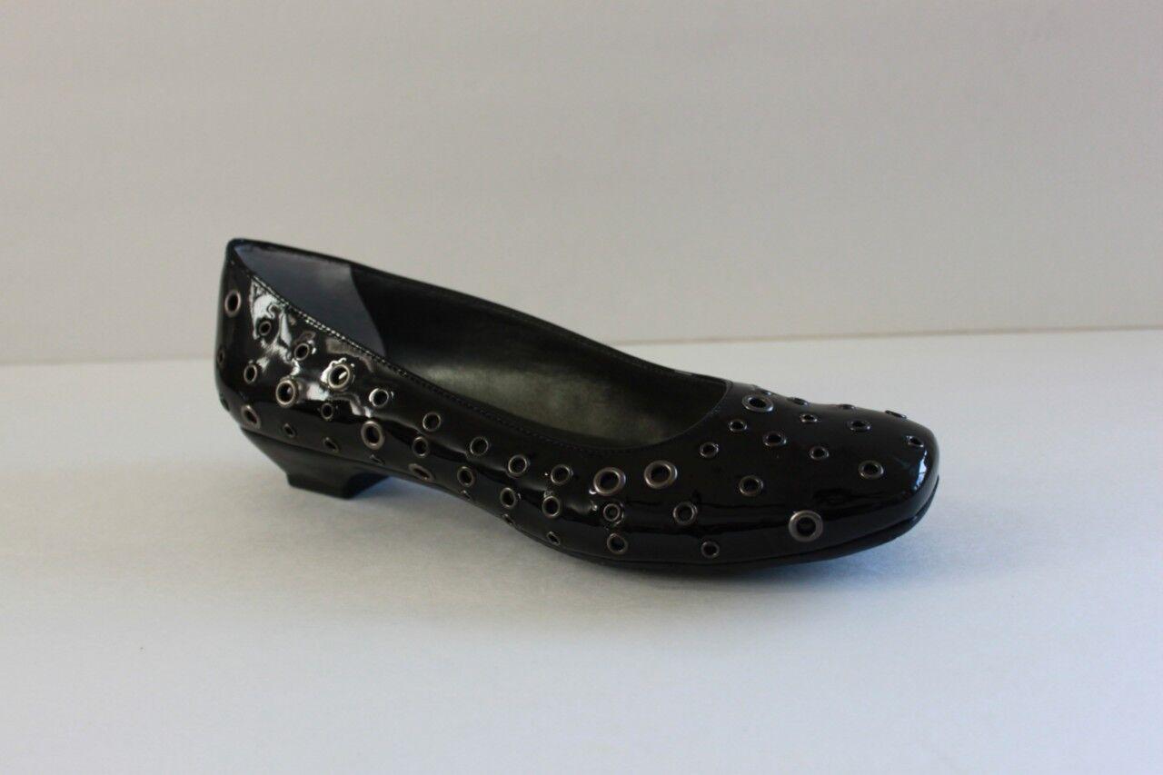 economico e alla moda Vaneli Genesse donna Dimensione 7 M nero Patent Patent Patent Leather Kitten Heels Sandal scarpe NIB  si affrettò a vedere