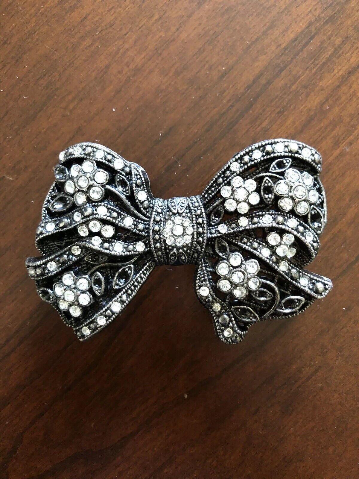 White Rhinestone Stylish Classy Fashion Bow Tie Metal Women's Belt Buckle