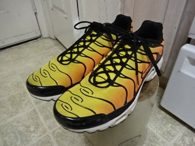 NIKE TN AIR SUNSET scarpe GREAT CONDITION NOT MUCH USED VERY CLEAN 15